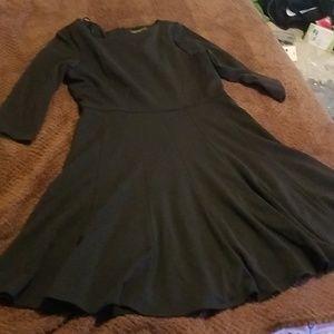 Jessica Howard professional black dress